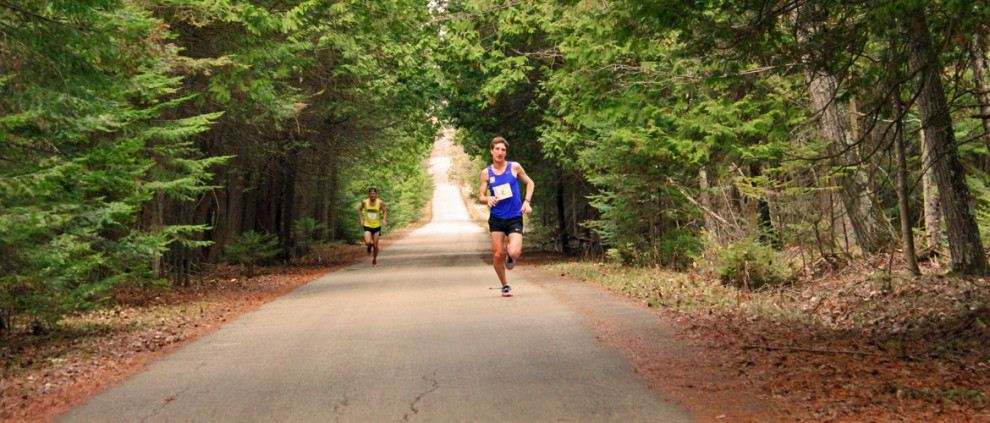 Door-County-Half-Marathon-Header-Leaders-Middle-Road